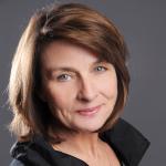 Frau Petra Mackroth