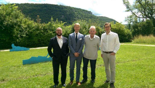 Jörg Litwinschuh, Prof. Dr. Pierre Thielbörger, Manfred Bruns und Dr. Norman Domeier (v.l.n.r.) zum Abschluss der Tagung im Haus auf der Alb in Bad Urach