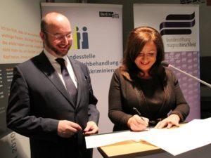 Litwinschuh und Kolat unterschreiben den Kooperationsvertrag